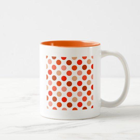 Apenas lunares amelocotonados taza de café de dos colores