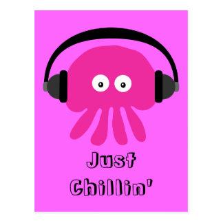 Apenas medusas rosadas de Chillin con los Tarjeta Postal