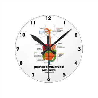 Apenas mostrándole mi tripa (humor del sistema dig reloj redondo mediano