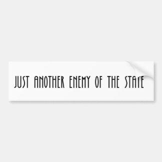 Apenas otro enemigo del estado pegatina para auto