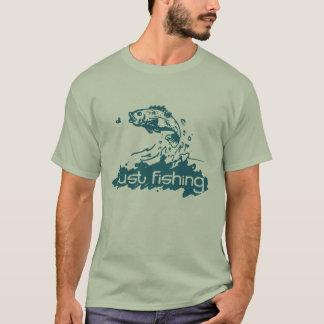 Apenas pesca de la camiseta del trullo