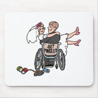 Apenas silla de ruedas casada alfombrilla de raton