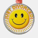 Apenas smiley divorciado adorno redondo plateado
