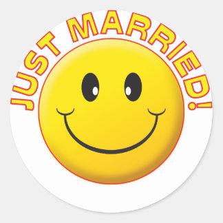 Apenas sonrisa casada etiquetas