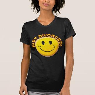 Apenas sonrisa divorciada camisetas