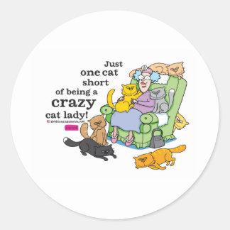 Apenas un cortocircuito del gato de ser una señora etiquetas redondas