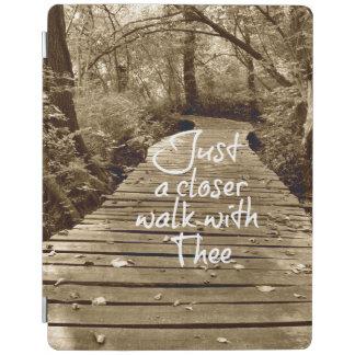 Apenas un paseo más cercano con Thee Cubierta De iPad