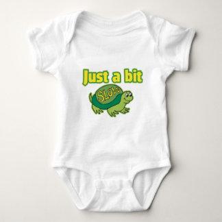 Apenas un pedazo lento body para bebé