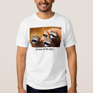 Apenas uno de los individuos… camisas