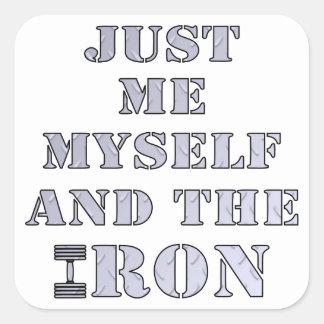 Apenas yo mismo y el levantamiento de pesas del calcomanía cuadradas personalizadas