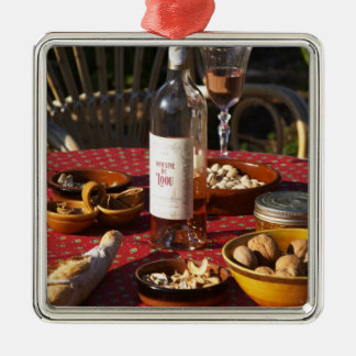 Aperitif and appetizers prepared: bread, olives, ornament