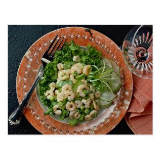 Apio delicioso, ensalada del camarón, bifurcación tarjetas postales