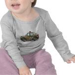 Aplicación de ley del coche patrulla del coche del camiseta