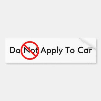 Apliqúese al coche etiqueta de parachoque