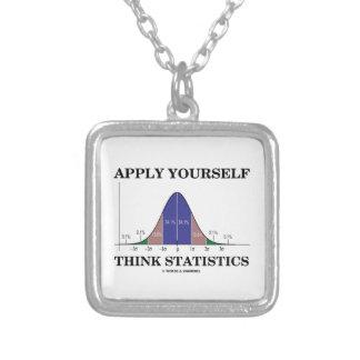 Apliqúese piensan las estadísticas (el humor de la colgante cuadrado