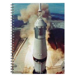 Apolo 11 quita libros de apuntes con espiral