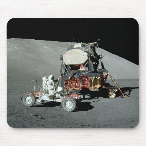 Apolo 17 - El alunizaje servido final Tapetes De Raton