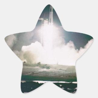 Apolo 17 quita colcomanias forma de estrellas