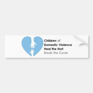 Apoye a los niños de la violencia en el hogar etiqueta de parachoque