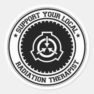 Apoye a su terapeuta local de la radiación pegatina redonda