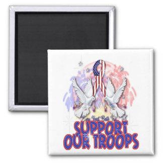 """""""Apoye imán de nuestras tropas"""""""