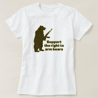 Apoye la derecha de armar osos polera