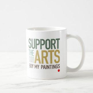 Apoye las pinturas de los artes taza