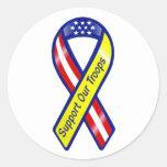 Apoye nuestra cinta de las tropas pegatinas redondas