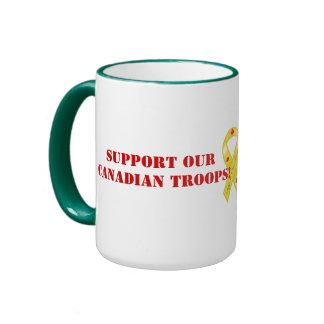 Apoye nuestras tropas canadienses/hoja de arce bon taza a dos colores