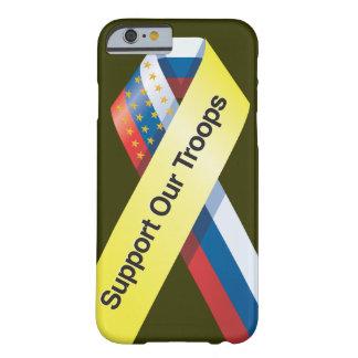 Apoye nuestro caso del iPhone 6 de las tropas Funda Para iPhone 6 Barely There