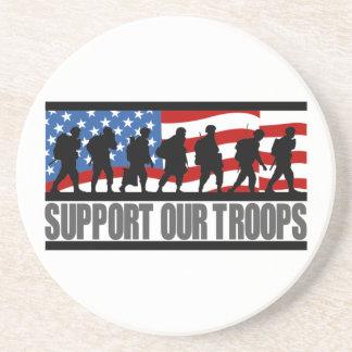 Apoye nuestros prácticos de costa de las tropas posavasos diseño