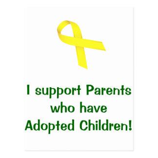 ¡Apoyo a los padres que han adoptado a niños! Tarjeta Postal