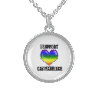 Apoyo el collar del matrimonio homosexual