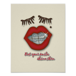 Apoyos brillantes, labios rojos, topo, y pestañas  póster