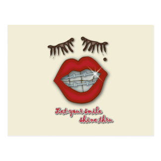 Apoyos brillantes, labios rojos, topo, y pestañas postales