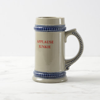 APPLAUSE BEER STEIN
