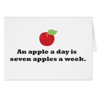 Apple al día… es 7 manzanas una semana tarjeta de felicitación