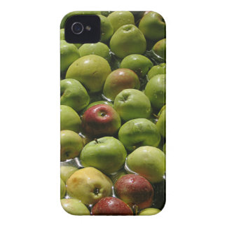 Apple Bobbing iPhone 4 Case-Mate Case