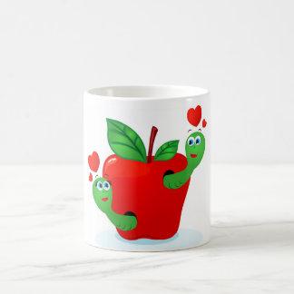 Apple en amor, taza blanca