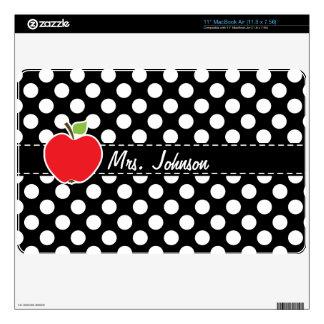 Apple en lunares blancos y negros skins para 27,9cm MacBook air