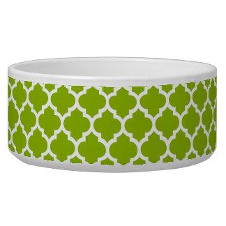 Apple Green White Moroccan Quatrefoil Pattern #5 Bowl