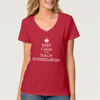 Apple Keep Calm and Teach Kindergarten T-Shirt