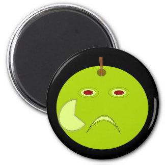 Apple malvado con el imán de la cicatriz