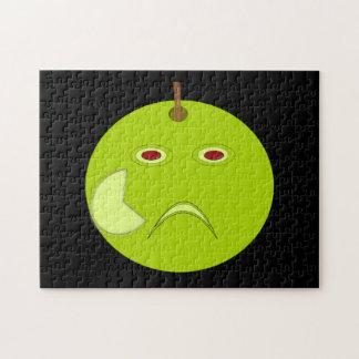 Apple malvado con la cicatriz Halloween desconcier Puzzle