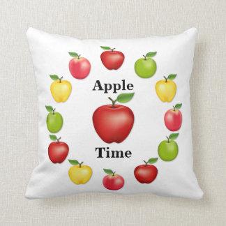 Apple mide el tiempo, delicioso, granny smith, cojín decorativo