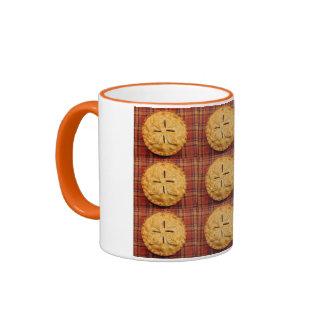 Apple pie pattern coffee mug