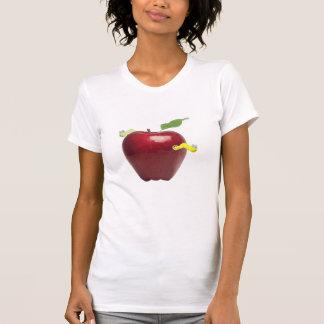 Apple rojo con la camisa tonta de los gusanos
