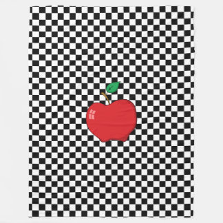 Apple rojo en el tablero de damas blanco y negro manta de forro polar