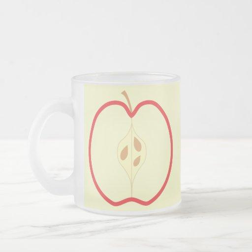 Apple rojo medio, en el fondo poner crema taza de cristal