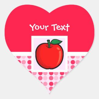 Apple rojo pegatina en forma de corazón